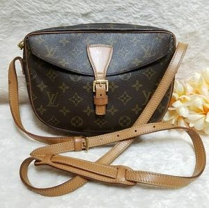 Louis Vuitton Jeune Fille MM Crossbody Monogram